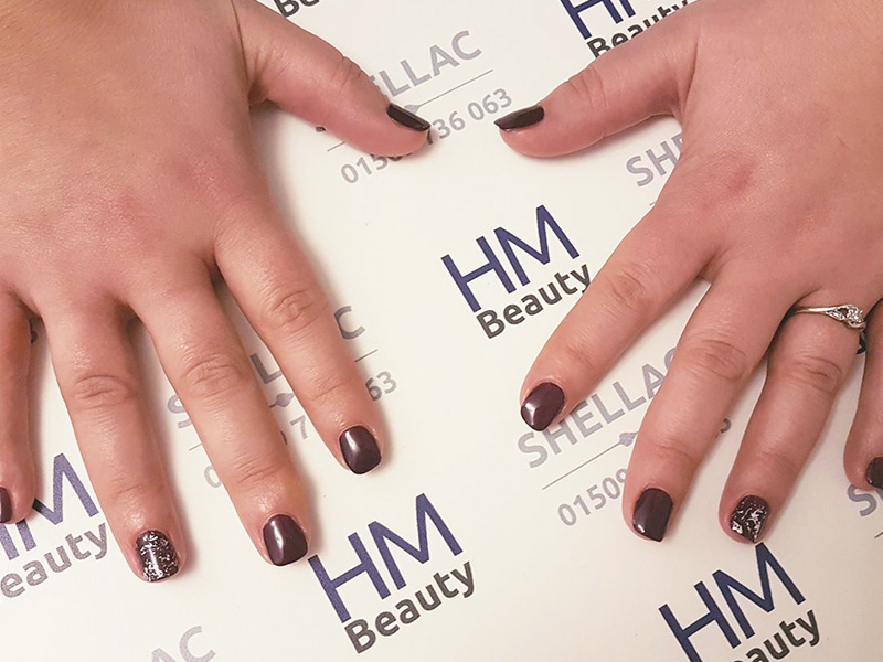 Shellac Manicure Kegworth in Rock Royalty with silver foil on ring finger